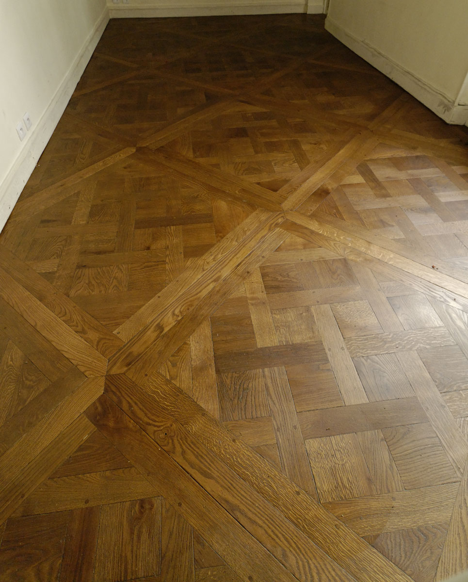 solid oak parquet floor versailles parquets de tradition. Black Bedroom Furniture Sets. Home Design Ideas