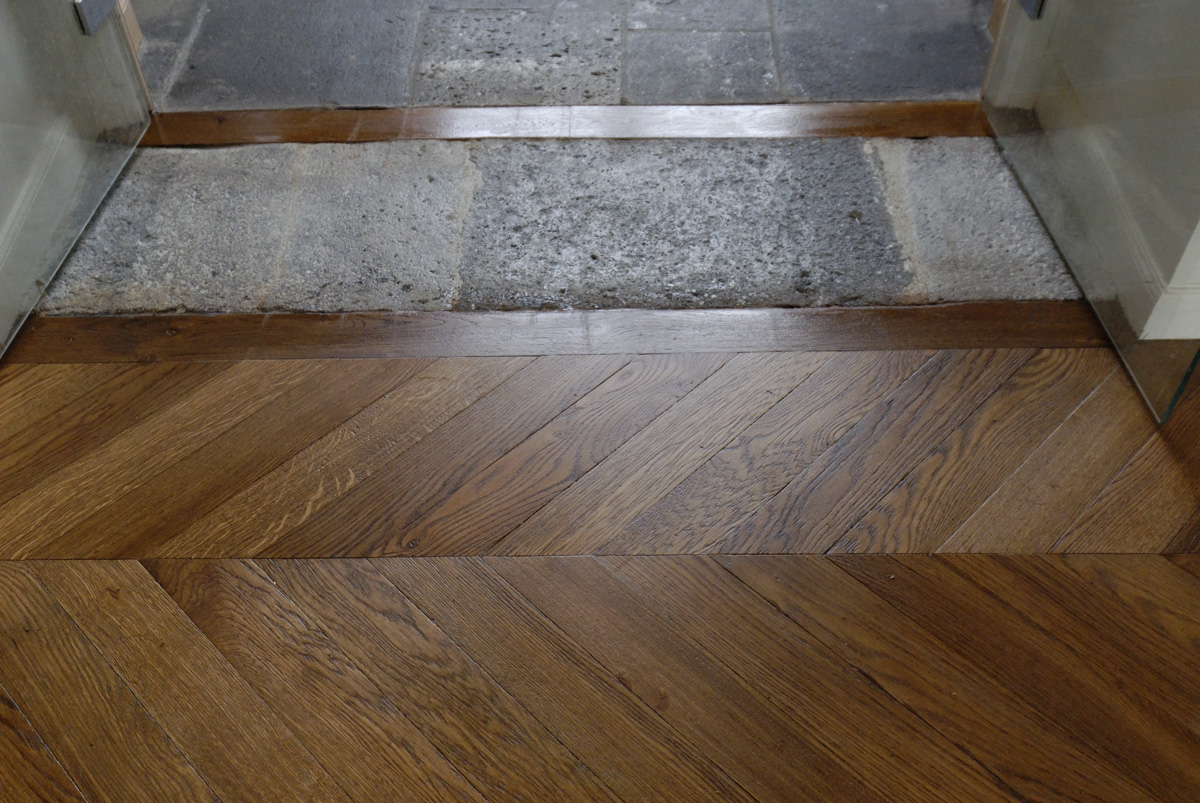 Parquets de tradition nos ralisations for Pose seuil de porte parquet flottant